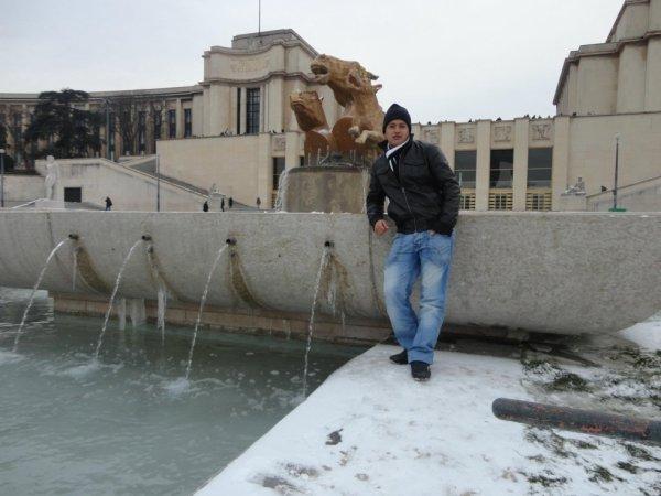 pariis sous la neige