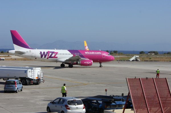Wizz Air Airbus A320-233