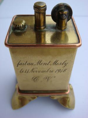 Briquet de table gravé 11 novembre 1918