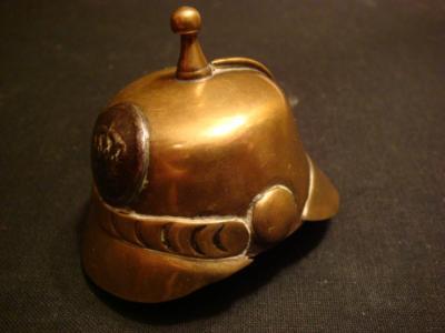Briquet casque allemand