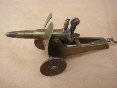 Briquet canon