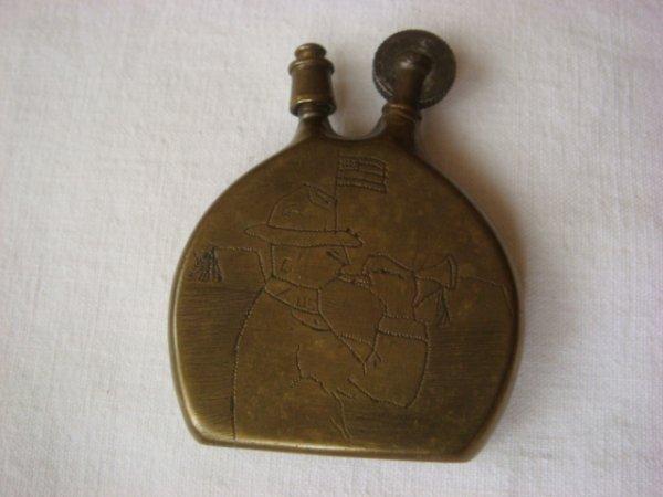 Briquet gourde gravure soldat US au clairon