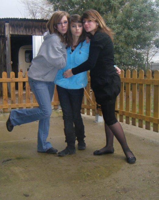 ♥ Adeline, ma soeur Blandine, Moi Mélanie ♥