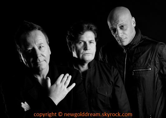 NEW GOLD DREAM • SIMPLE MINDS