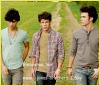 l-Jonas-Brothers-I