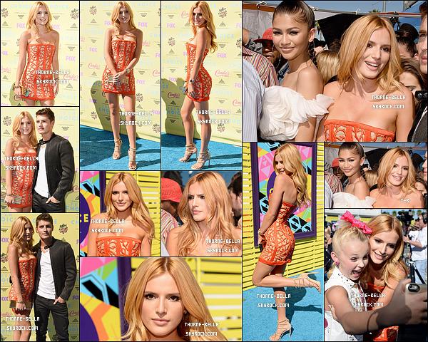 16/08/15 : Bella et Gregg se sont rendus, comme prévu, à la cérémonie des Teen Choice Awards 2015, à LA. Elle portait une très belle robe orange qui la mettait en valeur. Par la suite, elle a changé de robe.. Mais les deux sont un top pour moi ![/font=Arial]