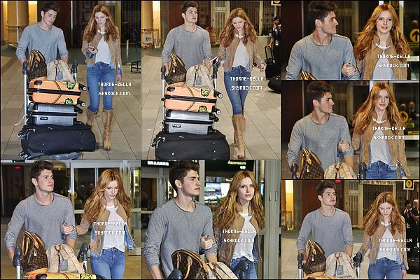 12/10/15 : Bella Thorne et Gregg sont de retour à Vancouver où B. va continuer le tournage de Midnight Sun. Gregg refuse d'abandonner Bella ; il va sûrement en profiter pour l'espionner sur le set mouhaha. Sinon la tenue de Bella est sympa.[/font=Arial]