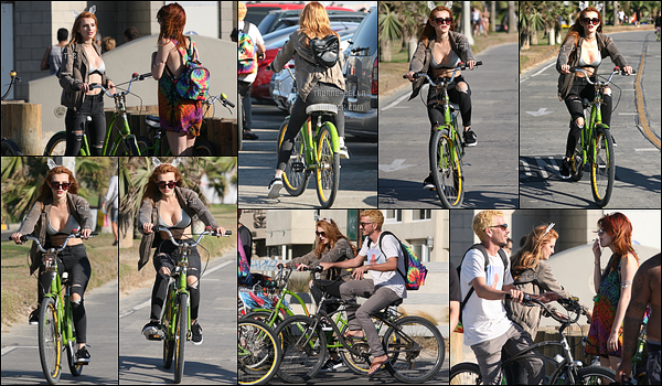 13/08/16 : Bella et quelques amis à elle ont été vus se rendant à la plage à l'aide de vélos, dans Los Angeles. L'actrice portait des oreilles de chats en guise de serre-tête. Concernant la tenue, elle est simple mais pas exceptionnelle. Un petit top ![/font=Arial]