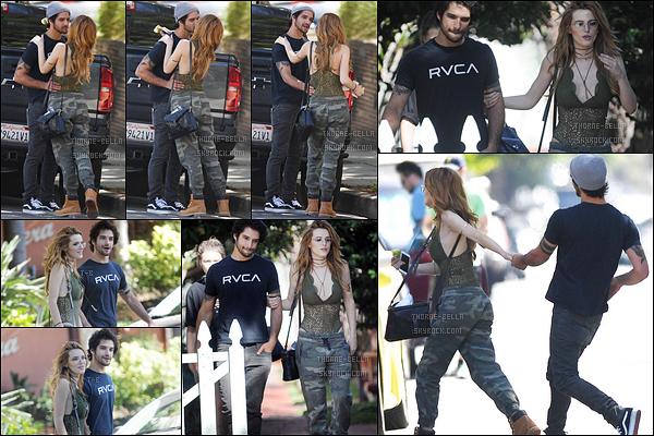 16/09/16 : Bella et Tyler Posey ont été repérés ensemble et plutôt proches dans les rues de West Hollywood . A en croire les photos, Bella ne sortirait plus avec l'ex de son frère, mais avec Tyler maintenant. Pas sûr que Gregg apprécie cette idyle.[/font=Arial]