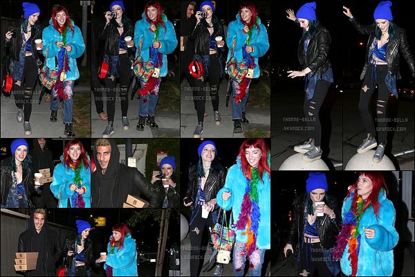19/01/17 : Bella et Dani ont été aperçues alors qu'elles se rendaient au Gracias Madre, dans West Hollywood. Elles ont été rapidement rejointes par le petit-ami de Dani afin de célébrer les 24 ans de cette dernière. Joyeux anniversaire à elle ![/font=Arial]