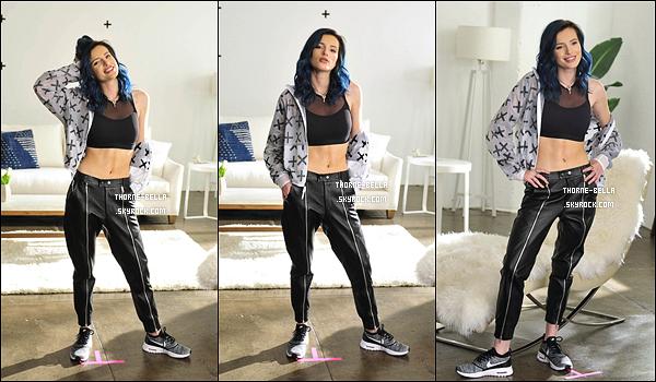 Bella était sur le set de SIX:02 'Thank You Campaign' à Los Angeles, le 22/02.