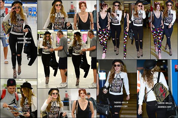 06/04/16 : Bella et sa soeur Dani ont été aperçues quittant l'aéroport de Miami afin de rejoindre leur hôtel. Malgré un vol épuisant, Bella trouve le temps de signer des autographes pour ses fans. Que c'est gentil ! De plus, j'aime sa tenue.[/font=Arial]