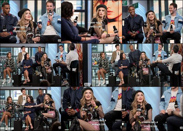 Voici les photos de Bella et du cast de Famous In Love aux BUILD Series NYC. Marlene King était également présente puisqu'elle est l'une des créatrices de cette série. On voit une belle complicité, c'est top !