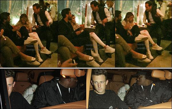 15/05/17 : Le soir, elle s'est rendue au Catch pour un dîner en compagnie de Scott Disick, dans Los Angeles. C'est en compagnie de l'ex de Kourtney Kardashian qu'elle a passé sa soirée. Simple amitié ou future relation amoureuse selon vous ?[/font=Arial]