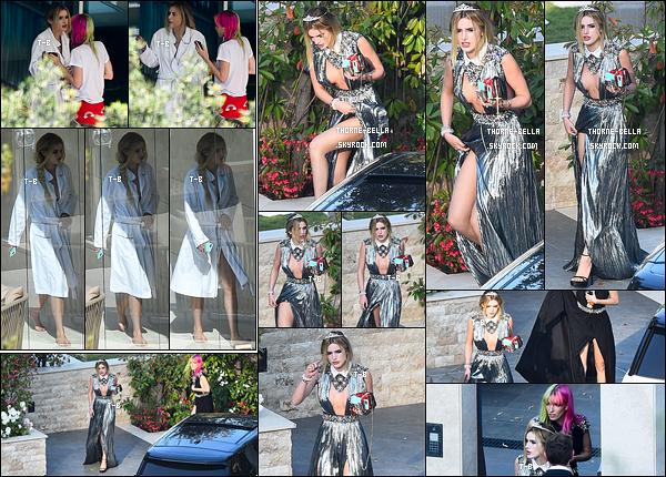 24/05/17 : Peu après, les deux soeurs ont été vues quittant leur villa afin de se rendre à un event, à Cannes. La robe de Bella fait un peu aluminium mais bizarrement, j'aime bien. Cependant, je n'arrive pas à me décider entre le top et le flop.[/font=Arial Black]