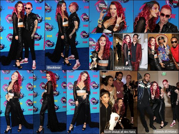 13/08/17 : Comme prévu, Bella s'est rendue à la 19ème cérémonie des Teen Choice Awards, toujours à Los A. Sur le red-carpet, elle a posé avec Blackbear et son nouveau chien qu'elle avait amené. J'aime sa tenue mais pas trop le maquillage.[/font=Arial]