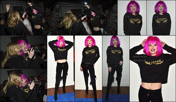 21/01/18 : L'actrice s'est rendue à la première de Assassination Nation qui a eu lieu au Sundance Film Festival. La tenue qu'elle porte est vraiment très jolie. Par contre, sa perruque vient tout gâcher, c'est vraiment dommage. - Top pour le reste![/font=Arial]