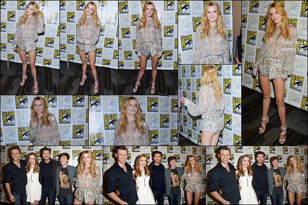 10/07/15 : Bella et une partie du cast de Scream étaient au Comic-Con pour promouvoir la série, à San Diego. Rappelez-vous, Bella a obtenu un rôle, le temps de quelques épisodes. J'ai hâte de voir ce que ça va donner en tout cas. Et un top ![/font=Arial]