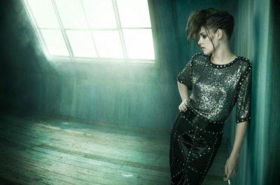 Photoshoot très sombre de Kris pour Vogue Italia !