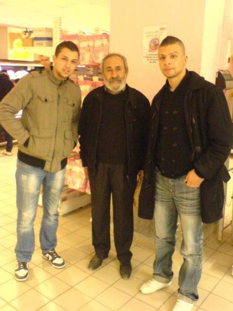 Un grand Honneur pour moi de prendre une photo avec Athman Ariouete (Rebi ya7efdou) ♥