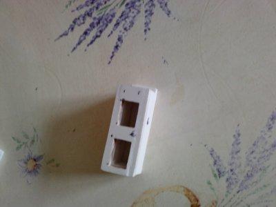 a porte du coffre de l extincteur