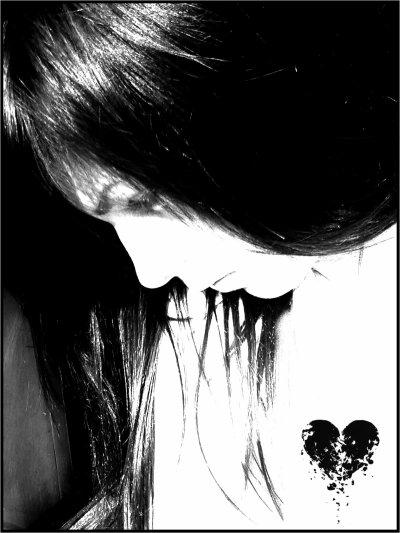 Pow ` ! ( # )  Quels sont les personnes qui m'ont vraiment aimés ?!  Les amies maintenant c'est rares --' ! Mais si tu les touches je te bouge ; )  Moi je tape là où sa fait mal :D