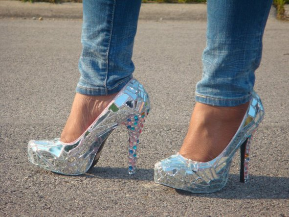 Love the fashion shoes!