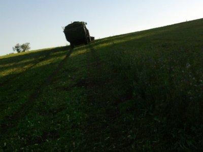 Fauchage-autochargage 2011: avec un john deere 6900!!!