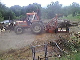 Débardage du bois en bout de 4m + fendage 2011!!!!