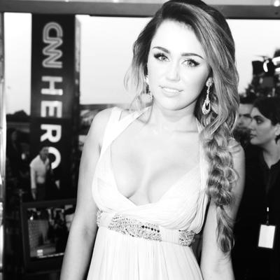 Je l'aime,ELLE.Miley.