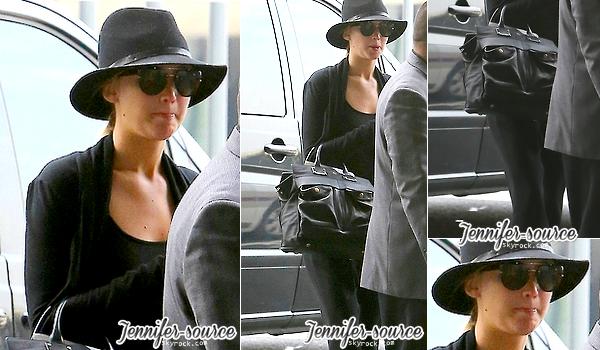 → Jennifer est repartie. Elle a été vue à l'aéroport de Roissy dans la journée du 2 Juillet. ←