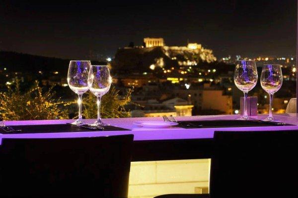S.U.B.L.I.M.E       Les restaurants à Athènes Regarde un 2 500 ans d'histoire