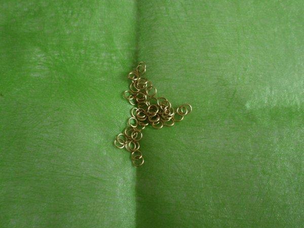 Anneaux en métal pour chaîne à maillons