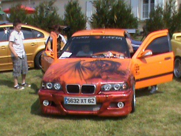 De très belles voitures étaient présentes sur le meeting.