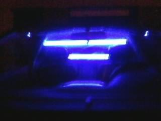 Modifications néons dans l'intérieur de la Bertone.