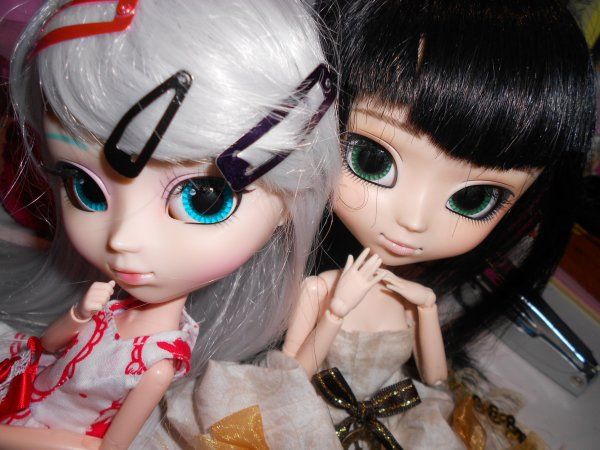 Miku & son obi :3