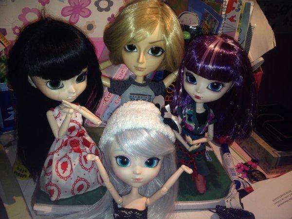 Toutes les dolls de la maison ♥