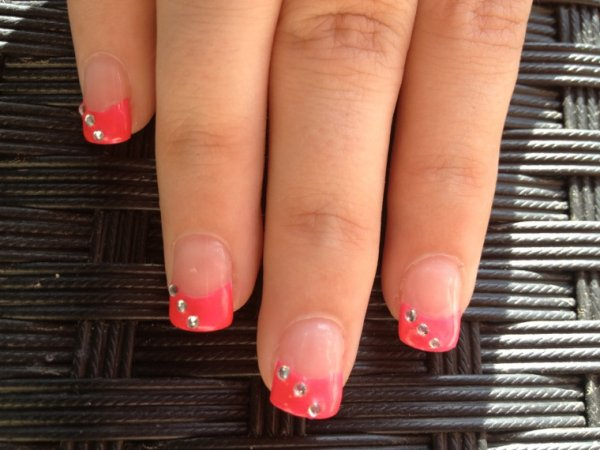 Ongles gel french rose fluo diamants bijoux fantaisies et ongles french manucure a - Gel rose fluo ...
