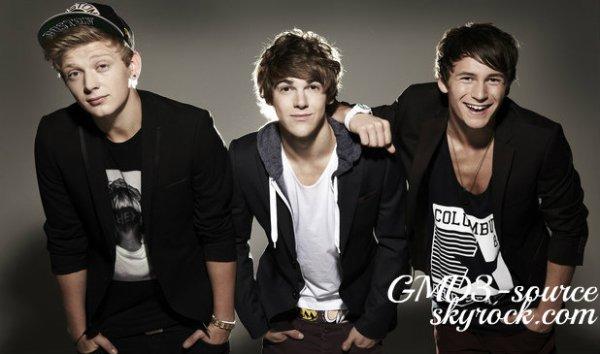 - 01/10/12 :Le groupe étaient allé à la  radio londonienne, Radio One.Comment les trouvez vous ?. -