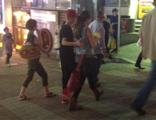 Justin and Selena at Harajuku