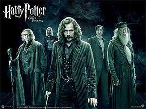 Severus, Ne soit pas idiot , c'est pas sa faute il ne peux pas s'en empecher ! Tais toi sirius ! Tais toi toi même (HP3, le prisonnier d'azkaban, Sirius et Remus dans la cabane hurlante, le film )