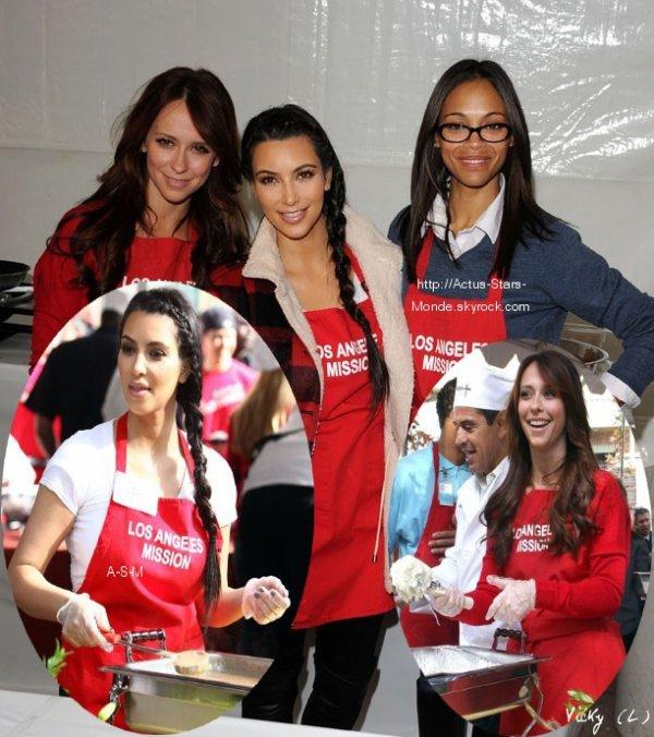 Kim Kardashian, Jennifer Love Hewitt et Zoe Saldana : les trois célibataires se consacrent à la soupe populaire !