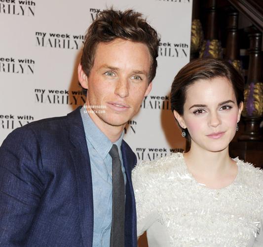 """.Flash-back : le 20 novembre, Eddie était présent à l'avant première du film """"My week with Marilyn""""auCineworld Haymarket à London en compagnie de la belle Emma Watson. Donnez-votre avis ! ."""