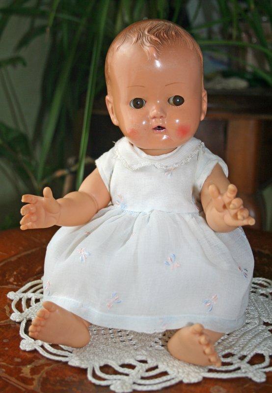 """Bébé Ideal """"Caroline"""" ou """"Joëlle"""" 1957   33 CMS  avec sa robe d'origine"""