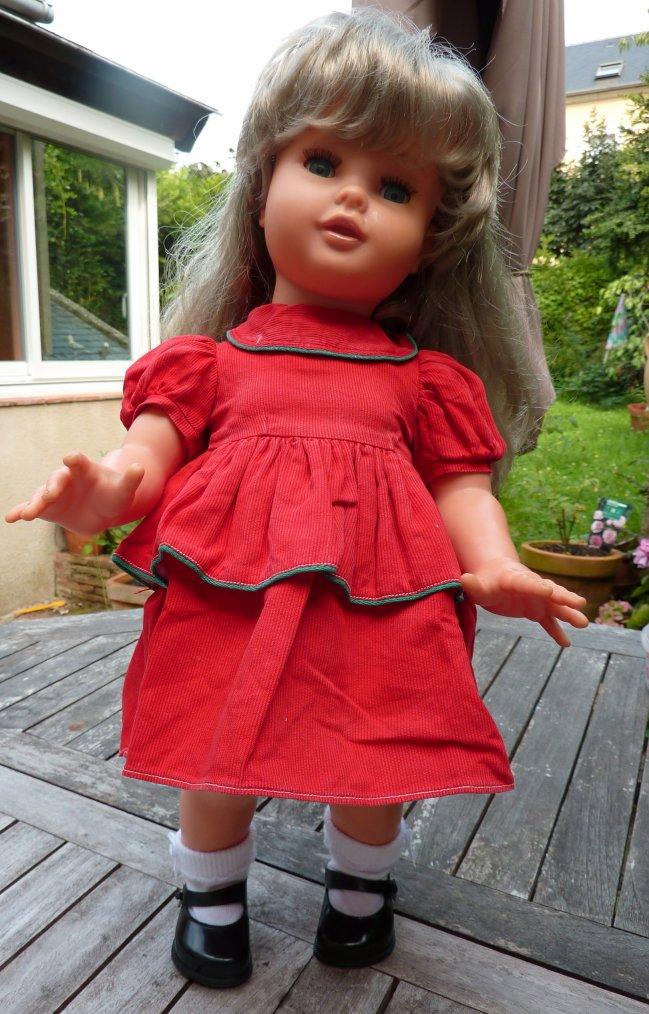 Mireille de 1965  50 cms vêtue d'origine, culotte et chaussures RAYNAL