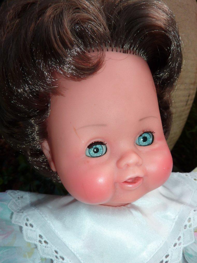 Mini Bébé  1967  35 cms A vendre 20 ¤