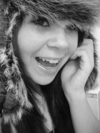 une personne un sourire<3