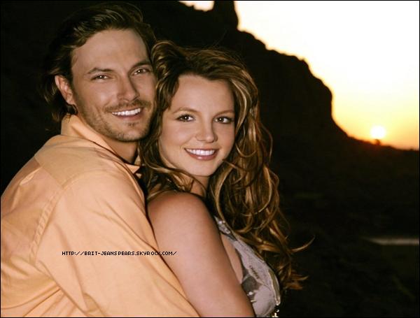 . Britney Spears devrait rester sous tutelle financière de son père en 2011, ainsi en a décidé la justice californienne. Sa curatelle est prolongée jusqu'en 2011 ! C'est donc Jamie Spears qui continuera à gérer son argent ainsi que sa vie… . Le site Entertainment Weekly a dressé une liste des pires reality shows qui ont été diffusés sur la télévision américaine. A la deuxième place, on retrouve celui de Britney et de son ex-mari, Kevin Federline, pour leur Britney & Kevin : Chaotic. . Jessie J est une jeune chanteuse et compositrice anglaise qui sortira son premier album sous peu. Lors d'une interview vidéo accordée à un blog, Jessie J a révélé avoir écrit quelques lignes du.. nouveau single de Britney. .