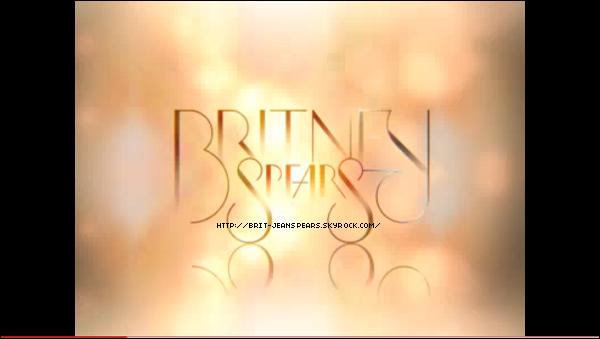 """. Britney envisage de faire une nouvelle tournée vers la fin de l'année, d'après The Mirror. Une source proche d'elle dit : """"Britney est de retour et cette tournée promet d'être plus grande que jamais. Son nouveau travail va souffler sur l'esprit des gens et elle est convaincue que ce sont ses fans irlandais qui doivent voir ça en premier. Ça promet d'être le come-back de l'année – c'est ce que nous attendons tous – ça va être le plus grand spectacle, le plus couru de la ville. L'équipe de Britney a déjà dressé la liste des pays où ils veulent qu'elle fasse le show. Et le Royaume-Uni et l'Irlande sont au top de la liste pour l'Europe. Certains fans étaient déçus de ne pas voir le Circus Tour, pour une raison de playback. Elle va chanter en live cette fois-ci. Britney veut regagner le soutien qu'elle a perdu lors de sa dernière tournée. Elle va tenir les gens en haleine avec ses concerts et elle commence les répétitions en août. Ça va être énorme."""" . Découvre le premier spot télé américain (en cliquant sur l'image) pour la promotion de l'album Femme Fatale dont la sortie a été repoussée au 22 mars, donc le 21 pour la France. . Nouveau tweet d'Adam Leber : """"Encore une fois les fans de Brit sont INCROYABLES et ne cessent d'étonner ! Restez à l'écoute pour plus de détails sur les Q&R avec LA FEMME FATALE la semaine prochaine... PS- Vous êtes en attente des Q&R quoi qu'il arrive, simplement parce que vous êtes les meilleurs fans qu'un artiste peut avoir ! Faut que je rentre à L.A. pour savoir quand elle aura un peu de temps libre cette semaine pour pouvoir le faire. Je vous tiendrais au courant de quand on fera le FEMME FATALE sur calendrier."""" ."""