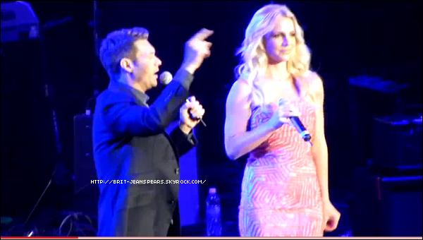 . Britney a co-présenté le Wango Tango organisé par KIIS FM, le 14 mai. .